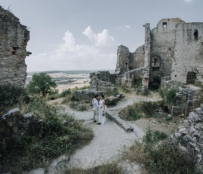 Maike + Nils : Romantische Hochzeit in Rieneck und auf der Homburg Gössenheim