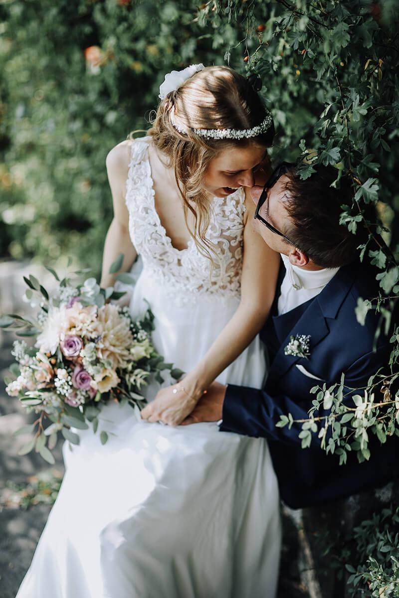 Theresa + Adrian: Hochzeit auf dem Gut Wöllried bei Würzburg