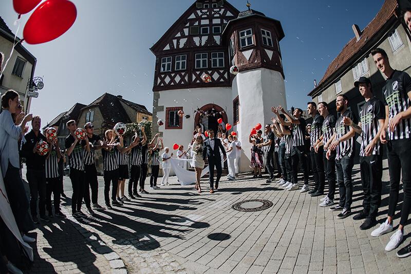 Lisa + Dominik: Ja-Wort in Retzbach